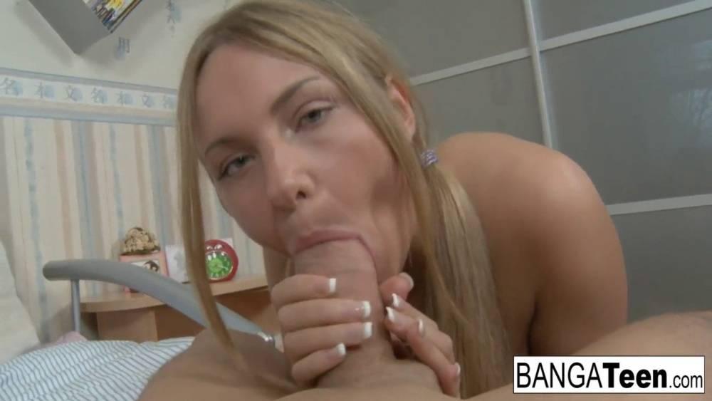 Sweet virgins sucking anal blondes